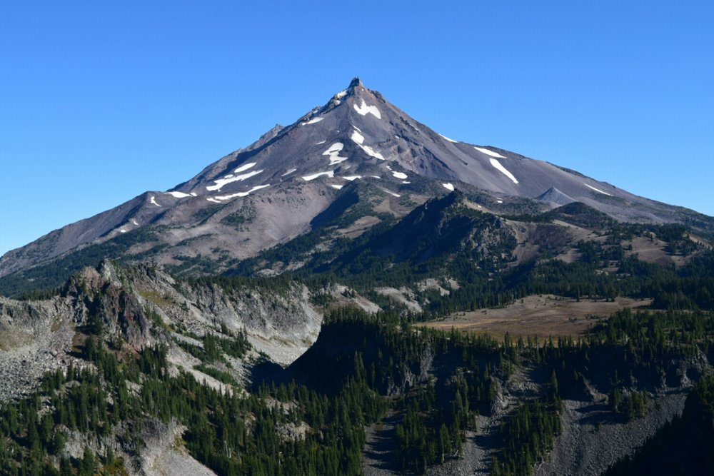 The south face of Mt. Jefferson