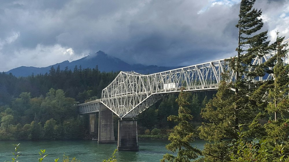 Bridge of the Gods, Oregon/Washington Border, Cascade Locks, Oregon.
