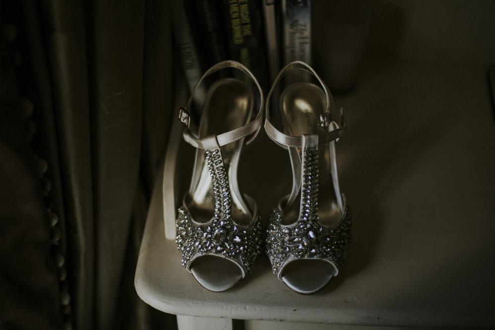 014_brides_shoes.jpg