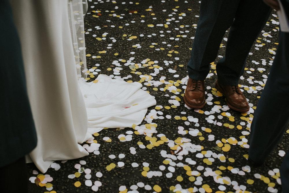 339_wedding_confetti_scotland.jpg