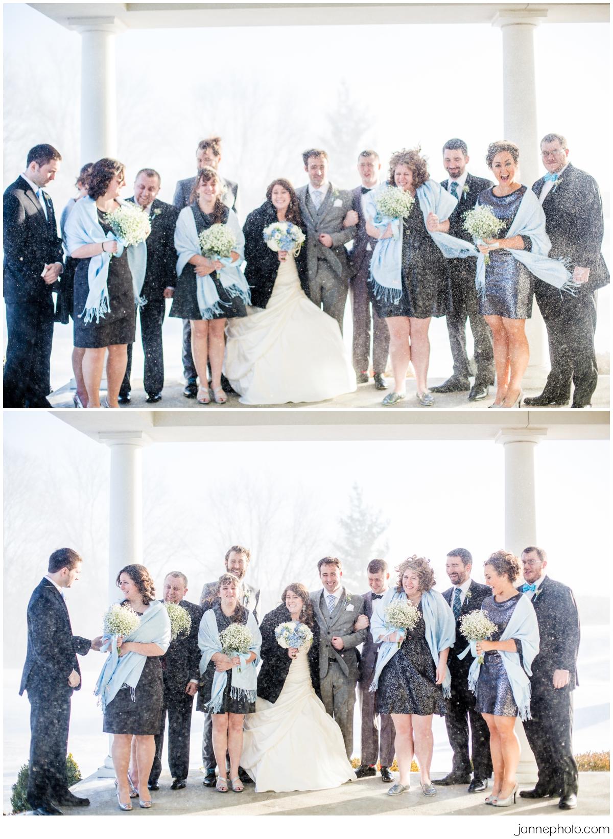 Aurora-Indiana-Winter-Snow-Wedding_0025