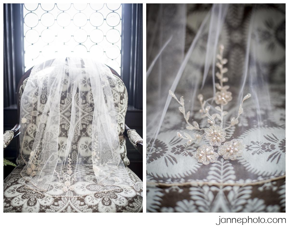 Blush-Ivory-Wedding-Dress_0016
