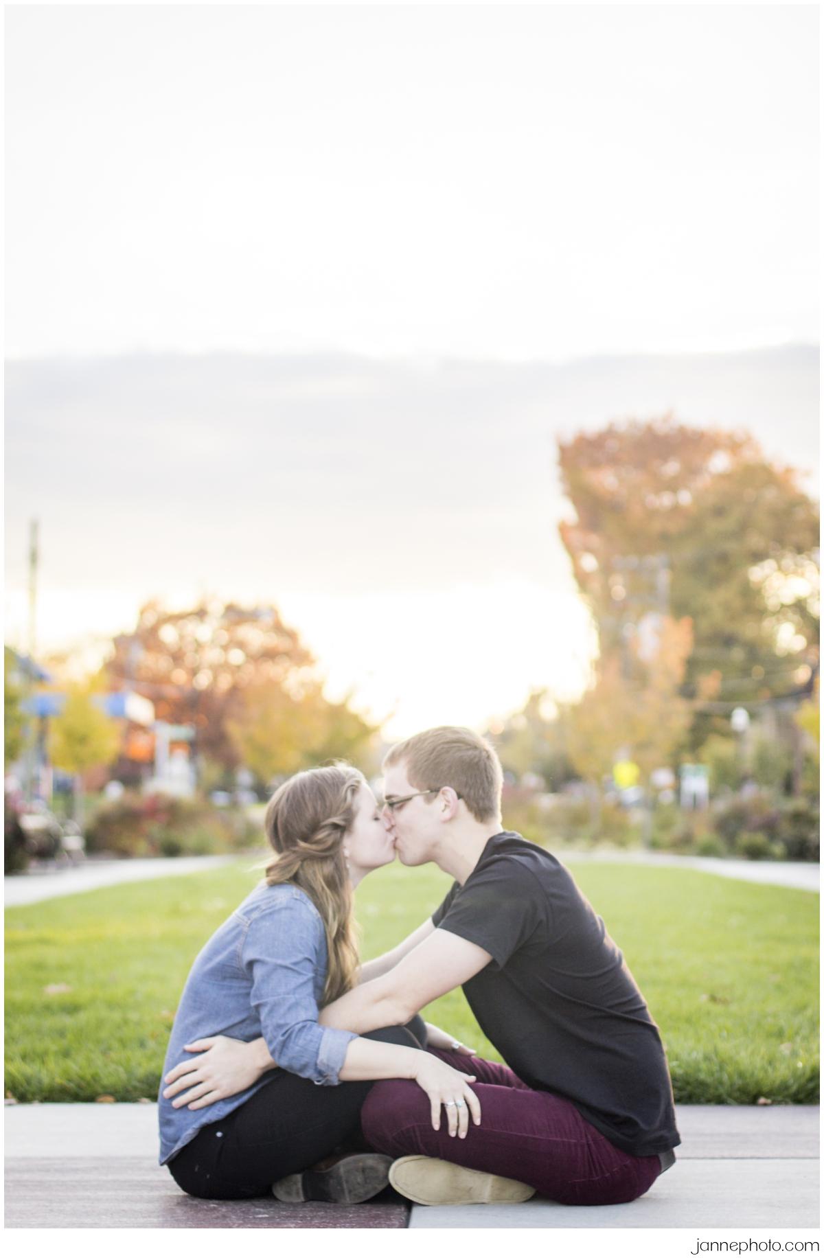 Oakley-Square-Cincinnati-Engagement-Session