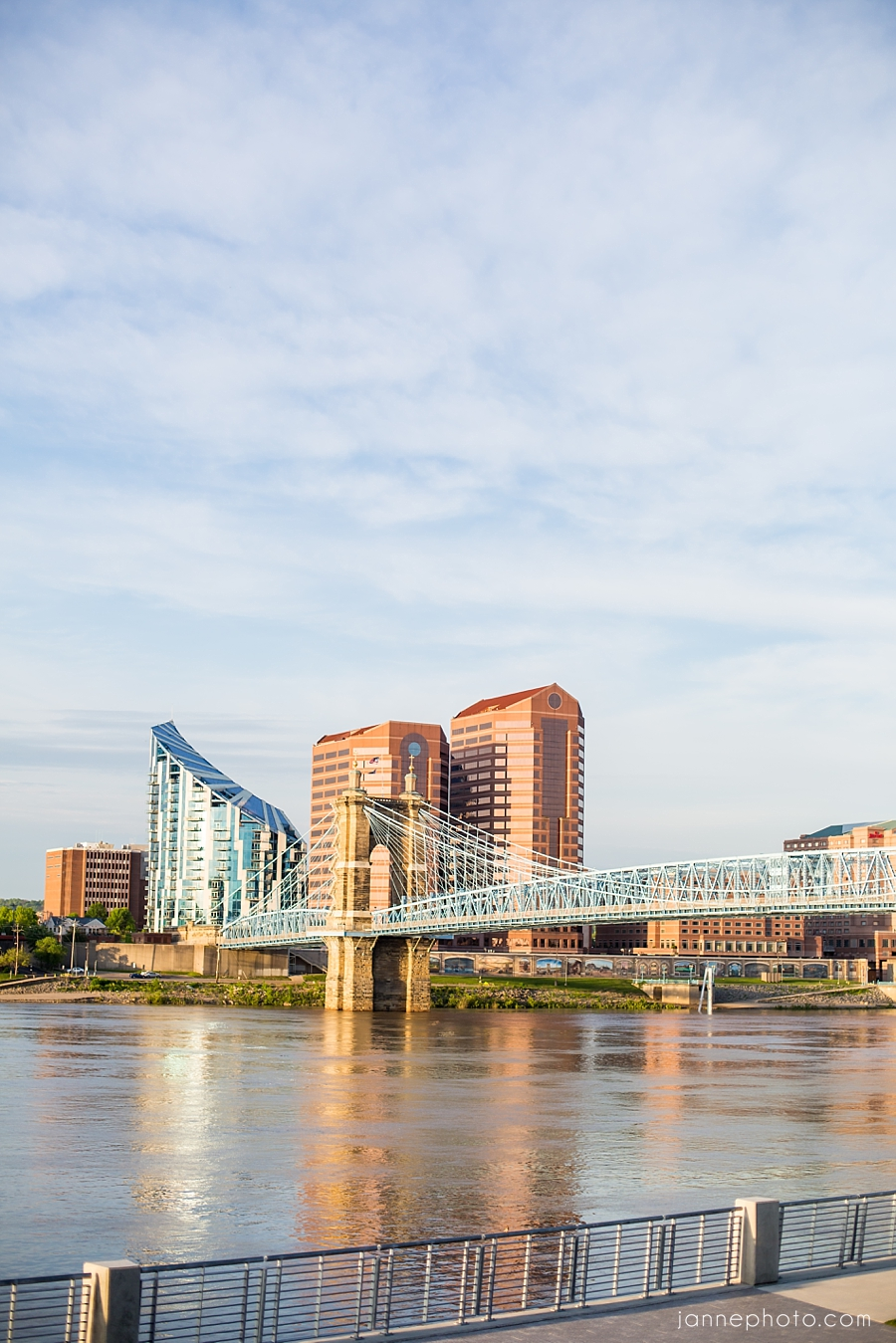 Cincinnati_Smale_Riverfront_Park