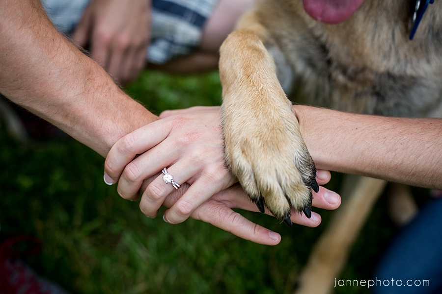 Cincinnati_Engagament_Photographer_Dog_Sharonwoods_0020