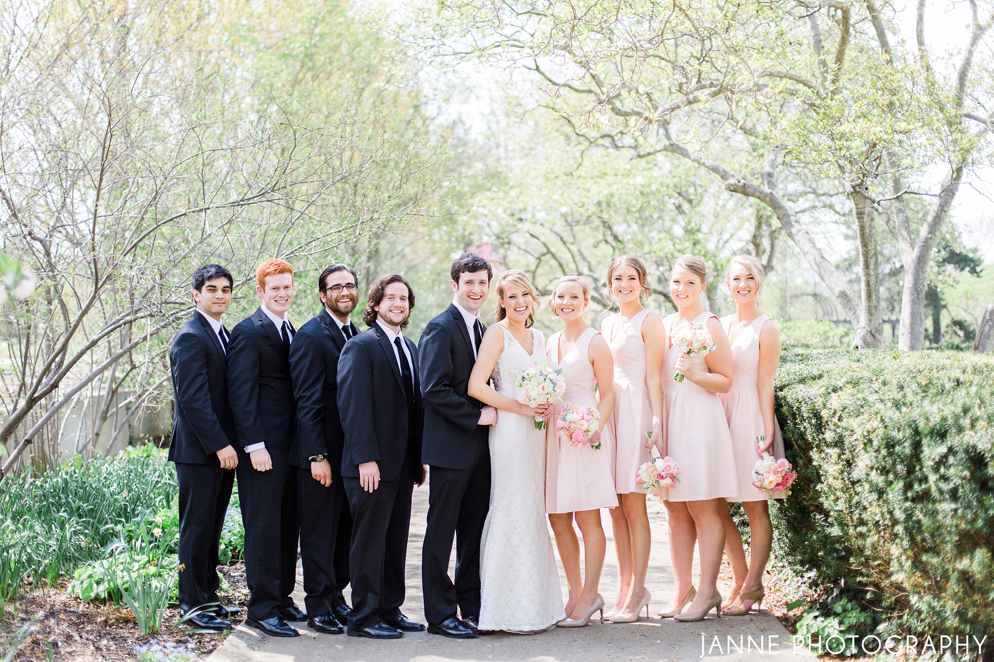 Blush_Pink_Ivory_Spring_Wedding