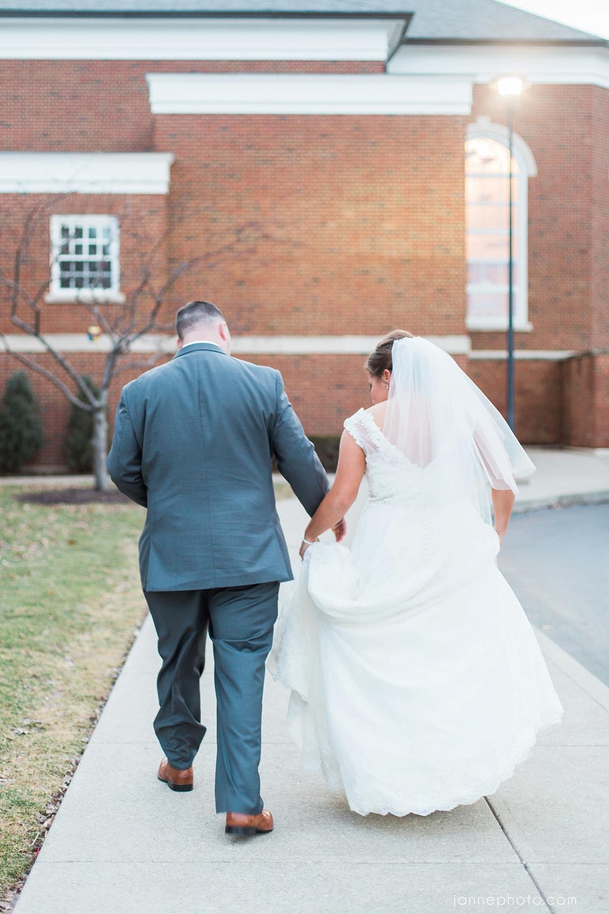 Spring_Navy_Coral_Cincinnati_Wedding