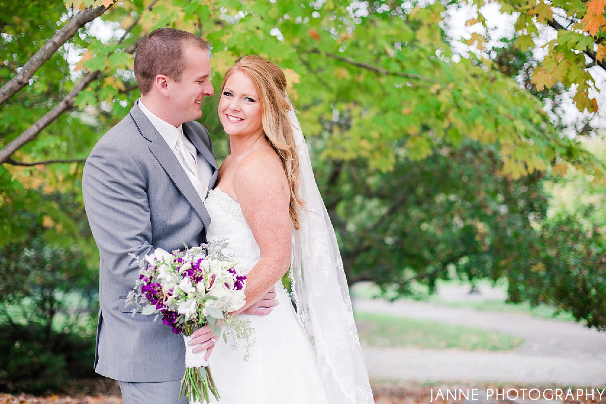 Cincinnati_Fall_Wedding_Ault_Park