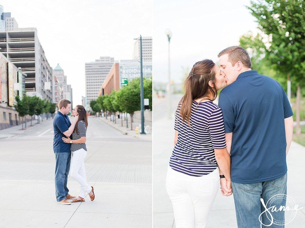Cincinnati_Engagement_Photographer_0008.jpg