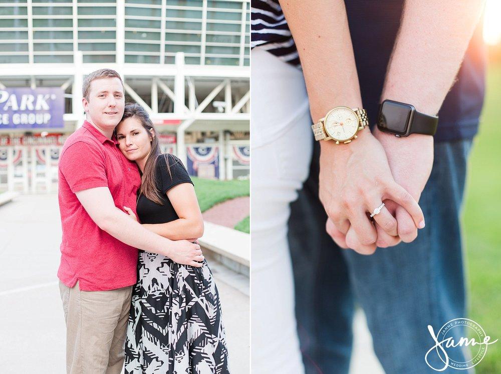 Cincinnati_Engagement_Photographer_0010.jpg