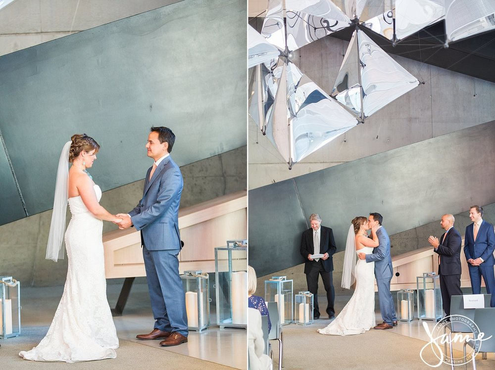 Contemporary_Arts_Center_Wedding_Cincinnati_0013.jpg