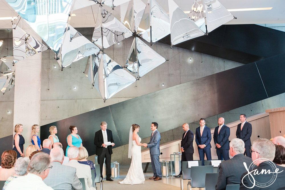 Contemporary_Arts_Center_Wedding_Cincinnati_0014.jpg