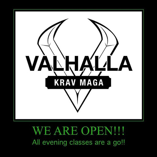 The snow is moved, the training floor is dry (keep dirty shoes off it!) let's do this!! #snowgone #wintertraining #vkm #valhallakrav #valhallakravmaga #earnyourplace