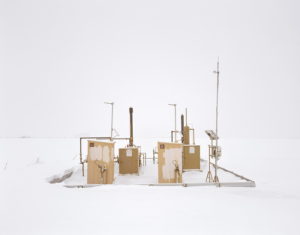Separators in Snow