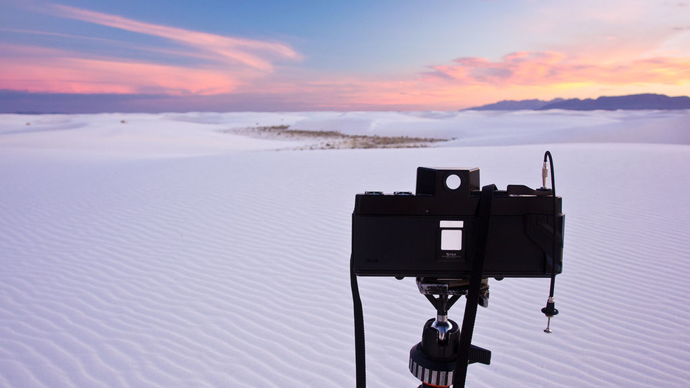 The Fuji G617 over the dunes of White Sands