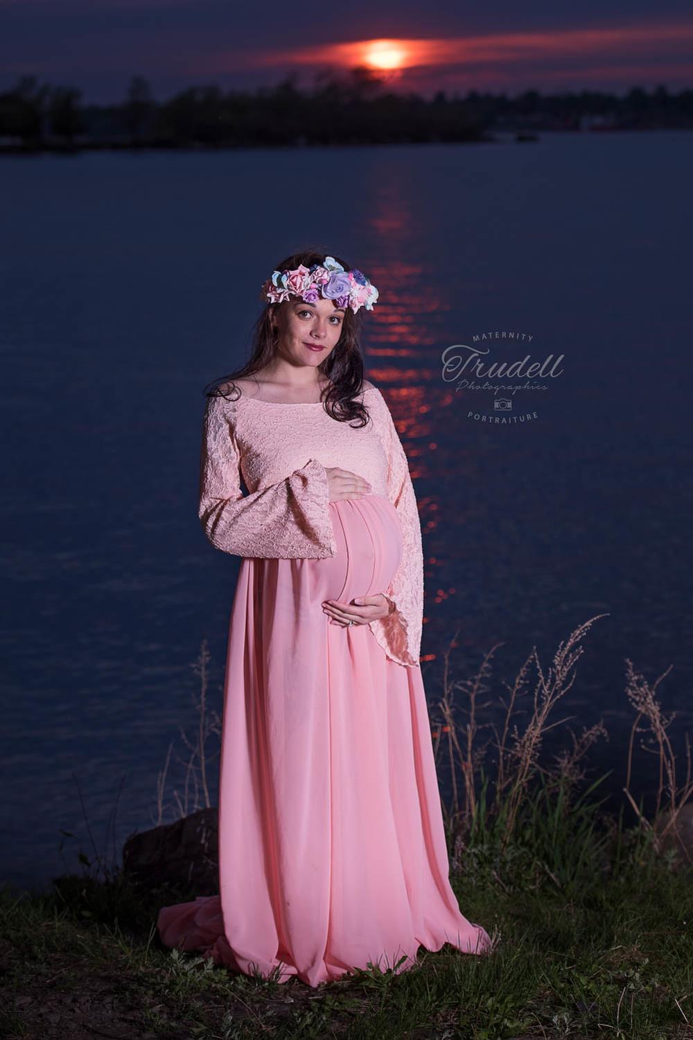 Alysha Maternity Watermarked Blog-18.jpg