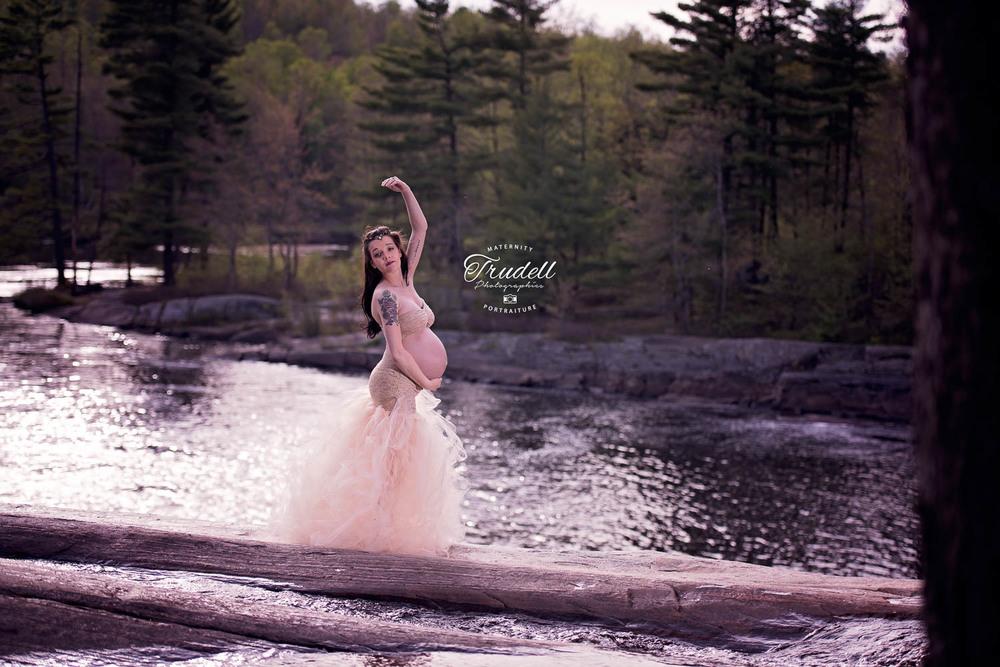 Alysha Maternity Watermarked Blog-23.jpg