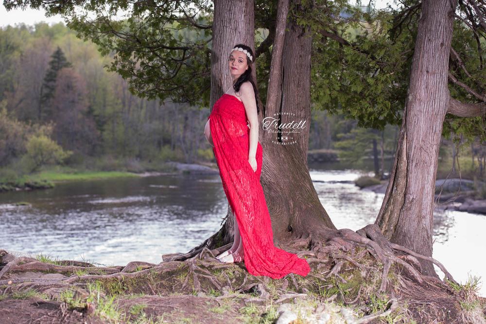 Alysha Maternity Watermarked Blog-25.jpg