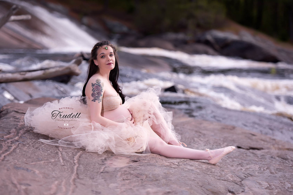 Alysha Maternity Watermarked Blog.jpg