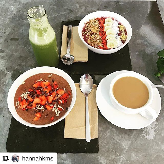 Customer appreciation post 🙌🏽 thanks you @hannahkms !!! #cafeculture #eatlocal #acaibowl #acai #smoothiebowl #porridge #chocolate #chocolateporridge #healthy #breakfast #brunch #healthybrealfast #coffee #greenjuuce #theallday #hampshire #winchesteruk #rawberry