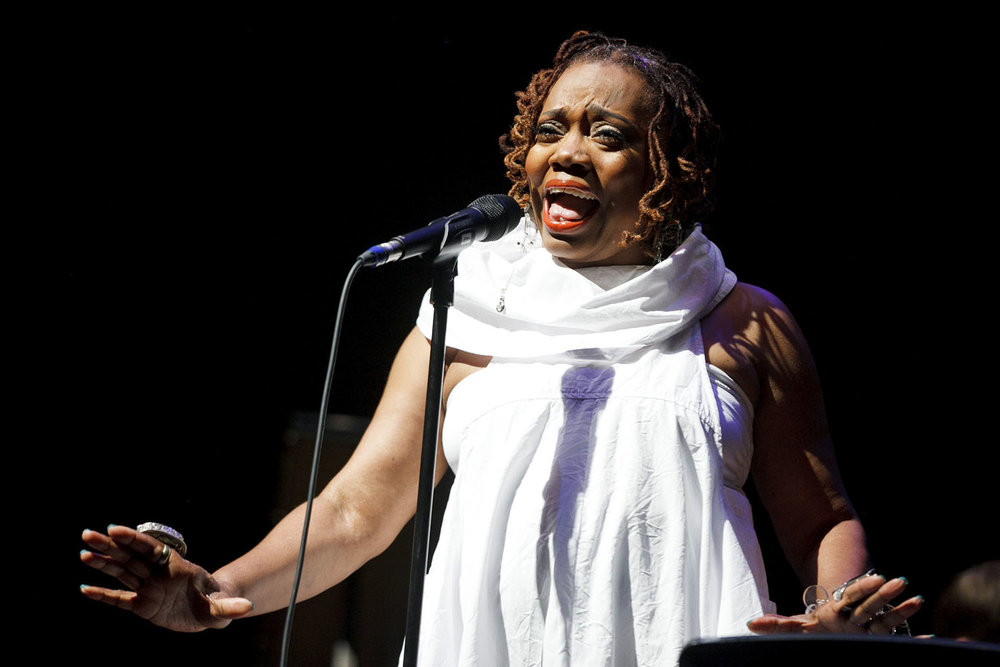 Dee Alexander, Vocals