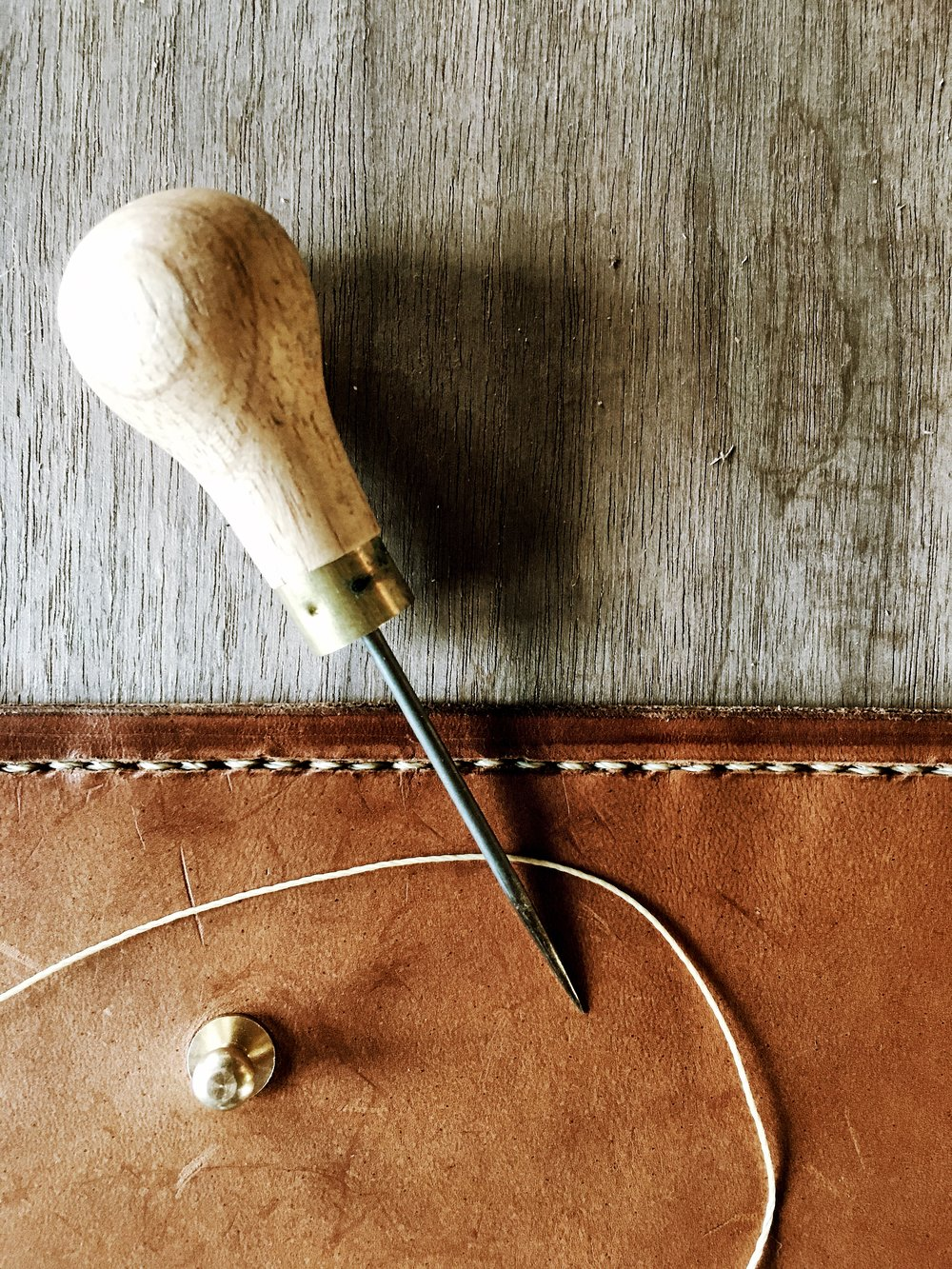 Fish & Bicycle Hand Leather Smithing - photo Juliette Hermant -4