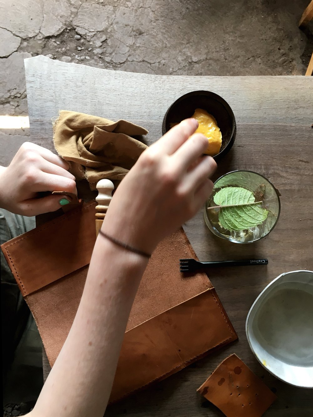 Fish & Bicycle Hand Leather Smithing - photo Juliette Hermant -10