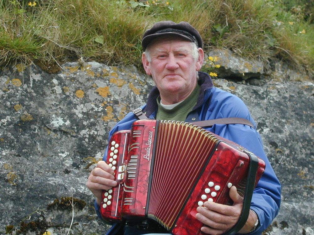 irish musicianjPG.JPG