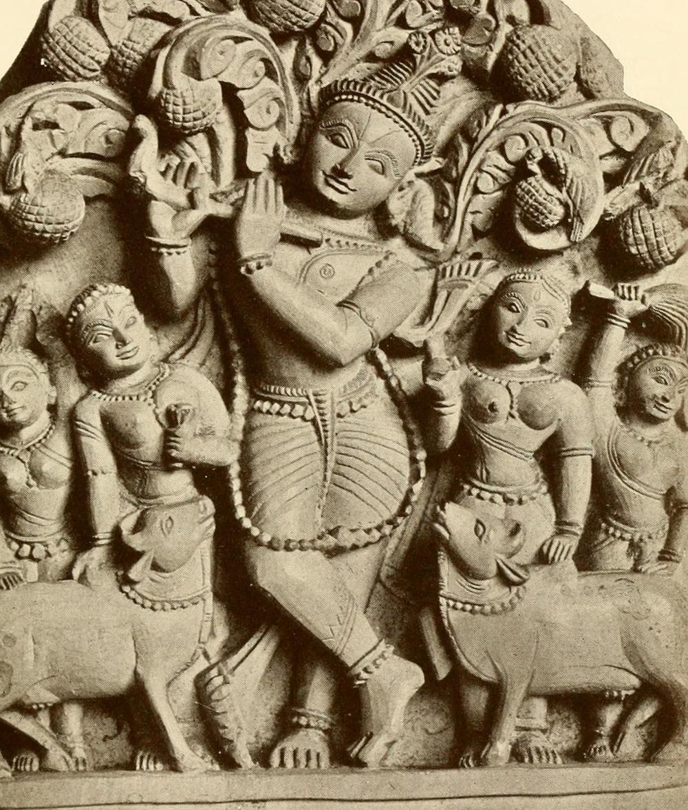 Krishna_and_Gopis_(herdsmaids)_sculpture_1913.jpg