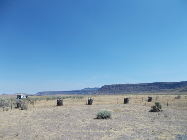 2017 08 20 escarpment north of lake abert.jpg