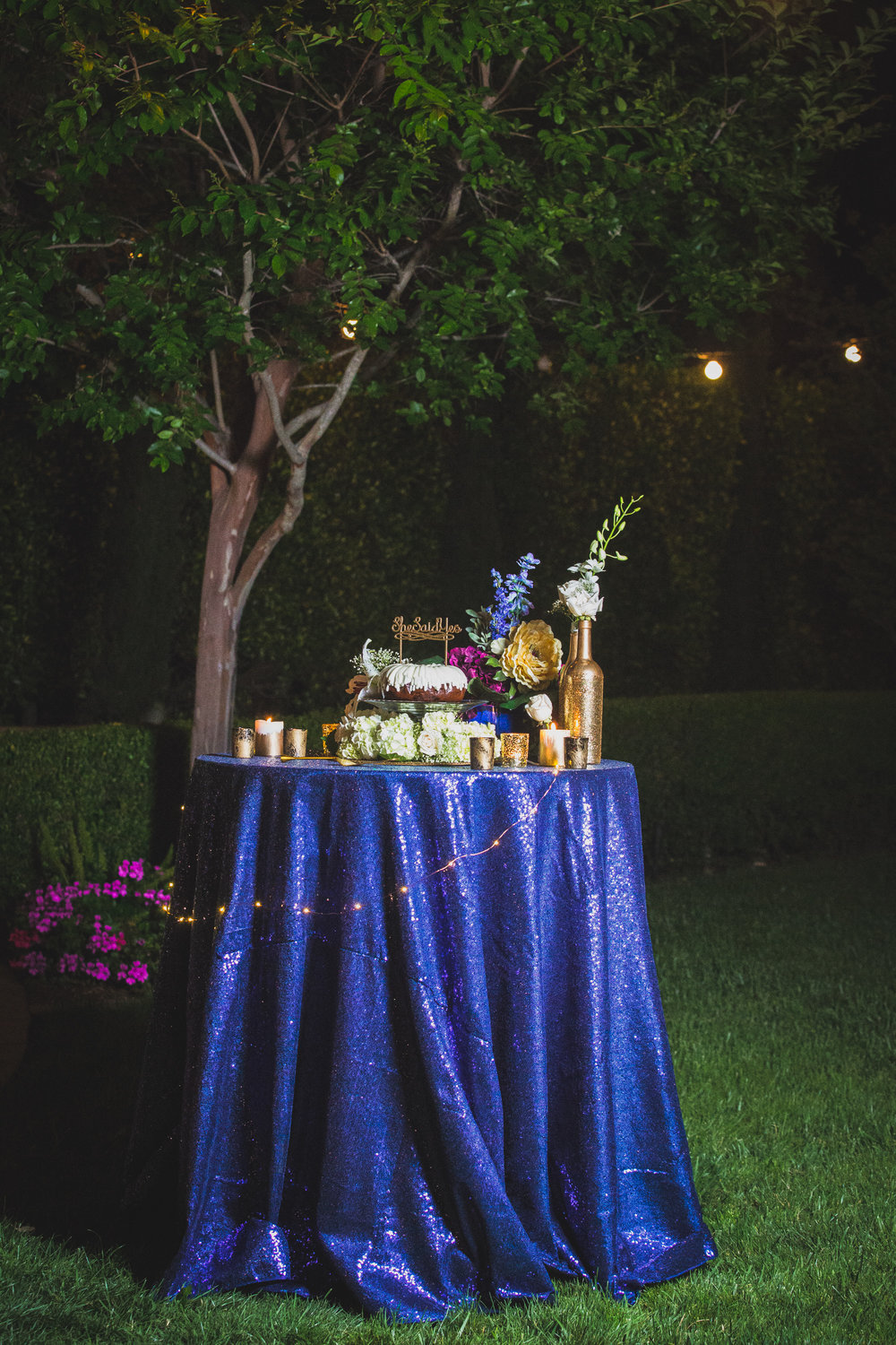 Navy-Gold-Cake-Table