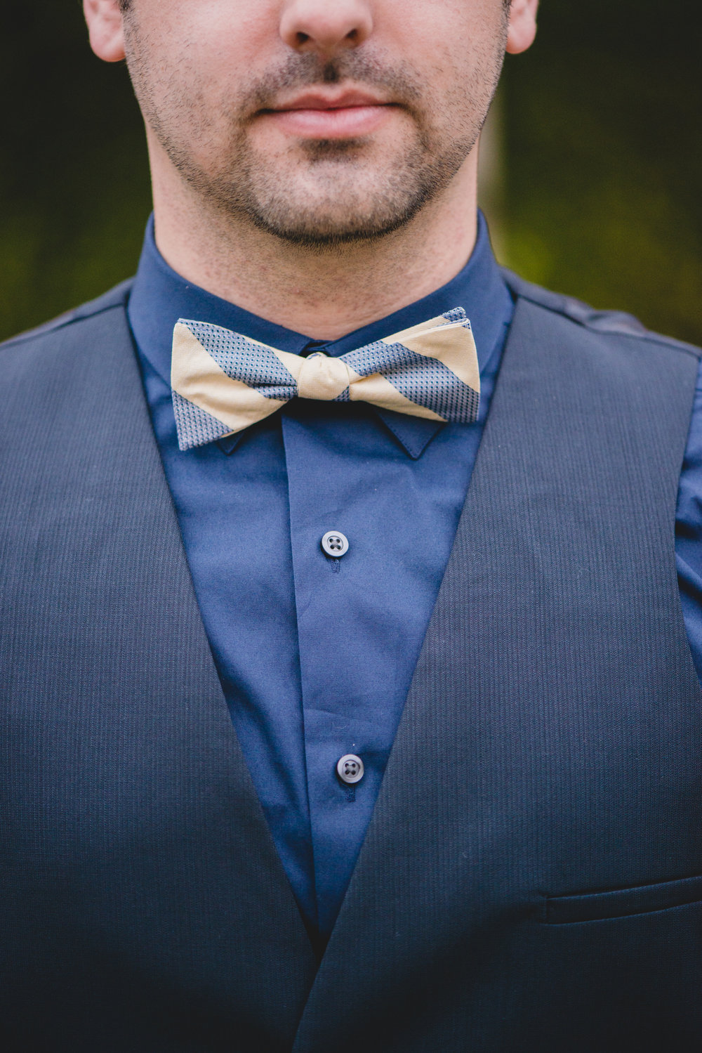 Navy-and-gold-bow-tie@JonesPhotographyCompany
