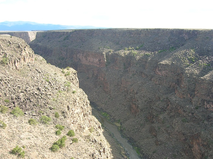 taos_rio_grande_gorge_bridge1.jpg