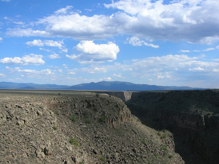 taos_rio_grande_gorge_bridge2.jpg