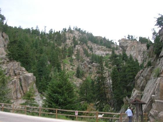 boulder_falls1.jpg