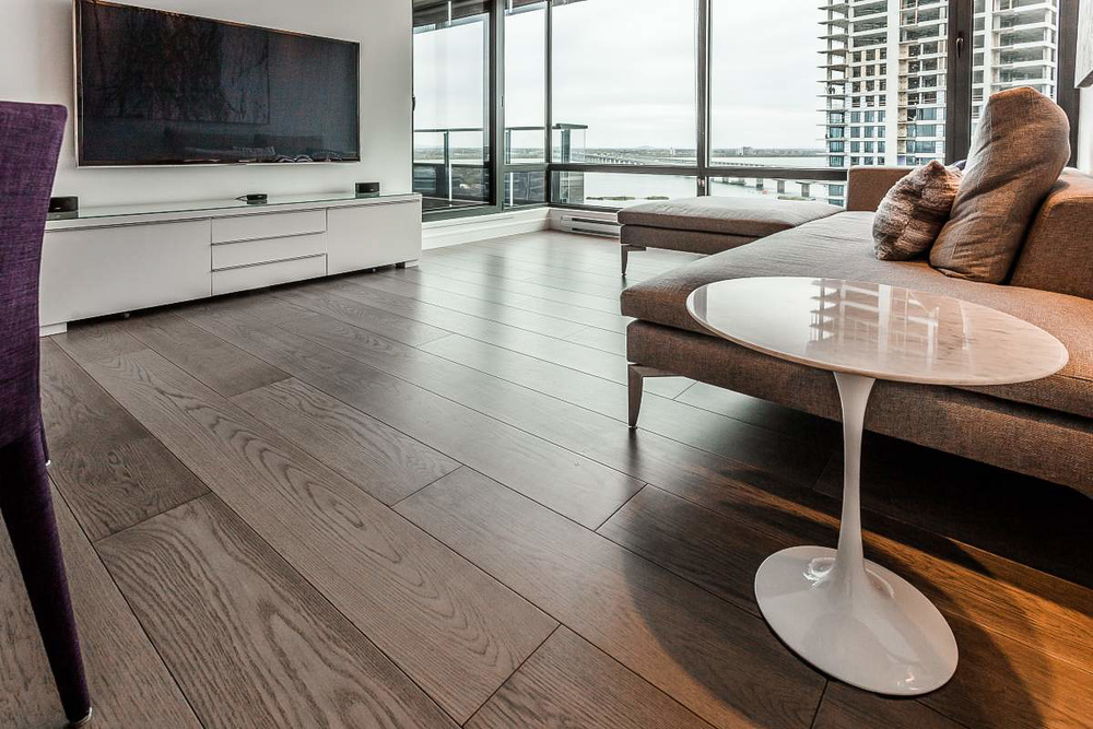 wide plank white oak flooring.jpg