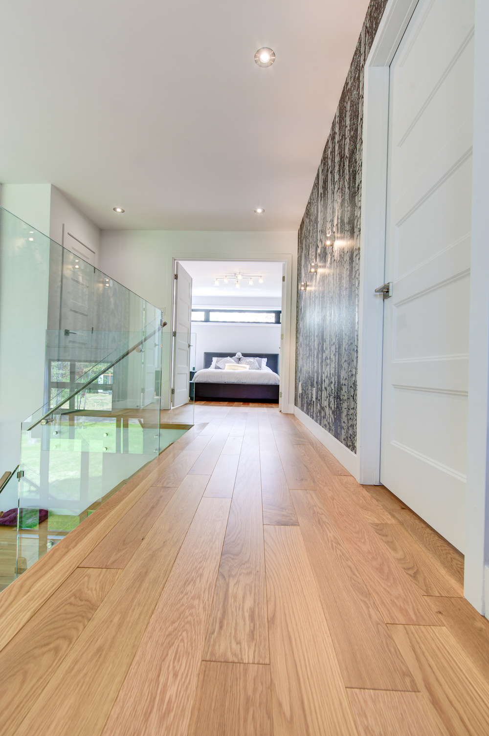 wide plank red oak floor hallway.jpg