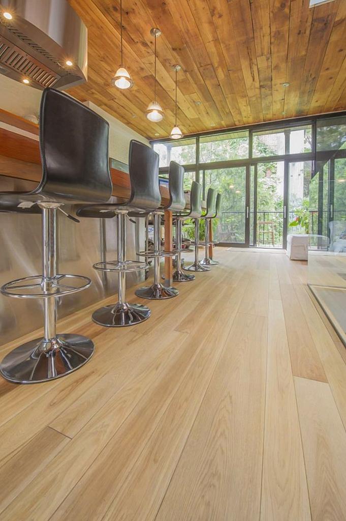 ash hardwood floor.jpg