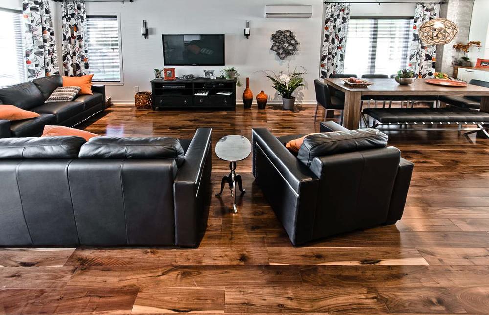 plancher-noyer-noir-5-po-authentique-2.jpg