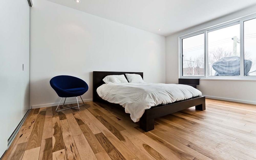 bedroom hickory floor.jpg