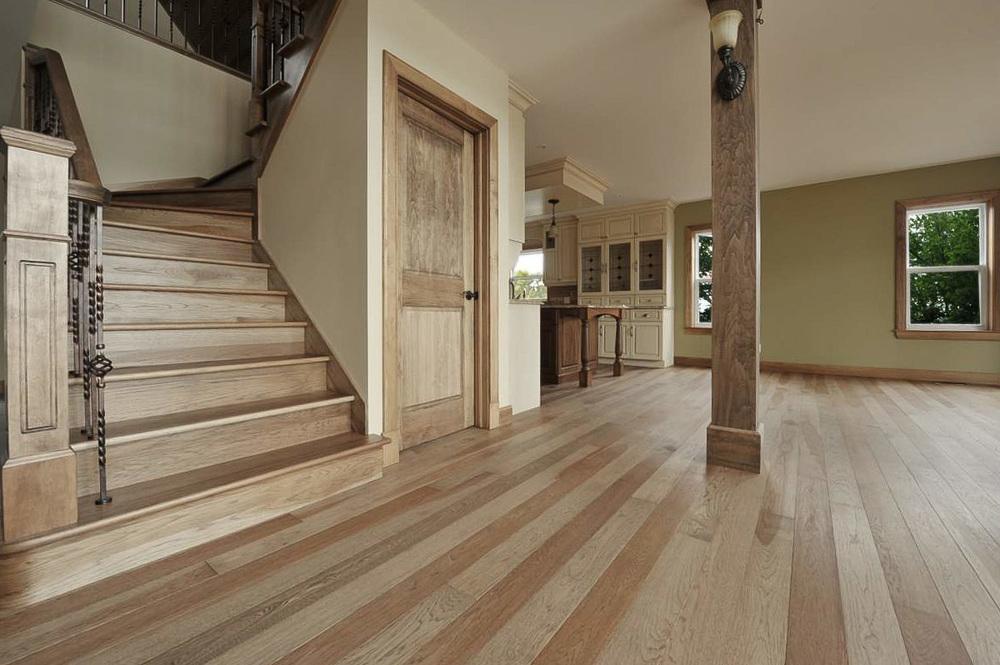 hickory hardwood floor.jpg