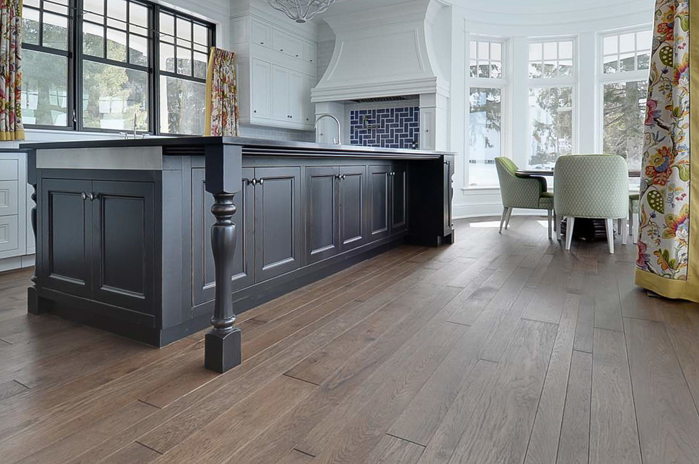 hickory kitchen hardwood floor-2.jpg