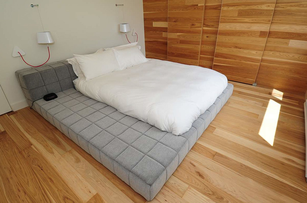 hickory natural bedroom floor.jpg