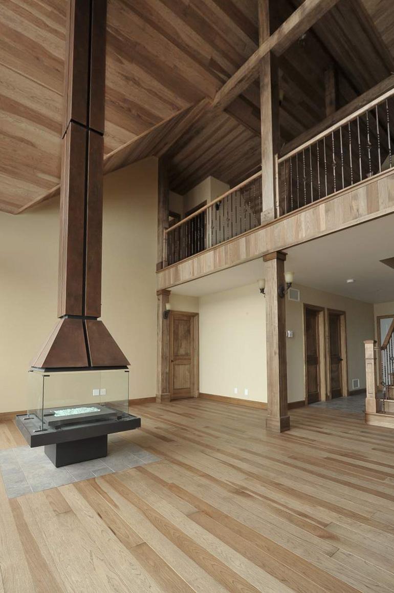 hickory plank floor.jpg