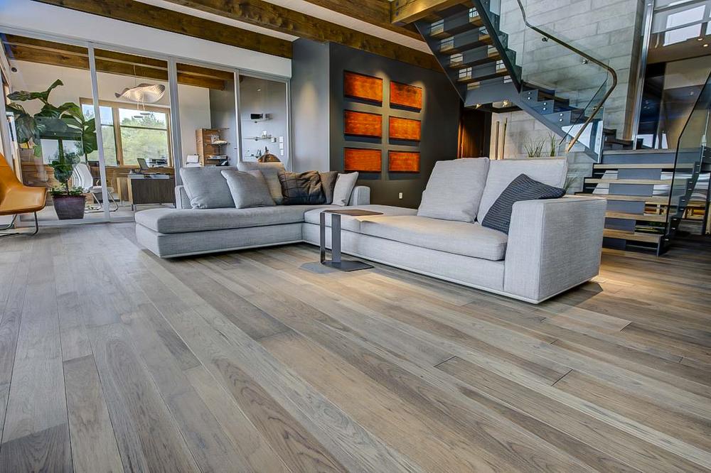 wide ash flooring-3.jpg