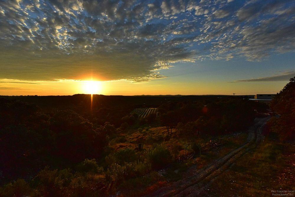 sunset_horizon.jpg