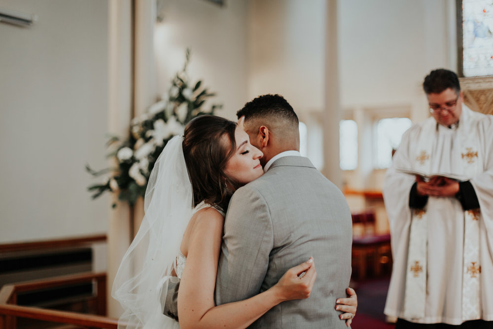 Your wedding photos are ready! - I'm so excited for you to see them, but before you head into the gallery where all your edited shots are, take some time to watch your slideshow below. Turn up the volume, relax and relive the day!