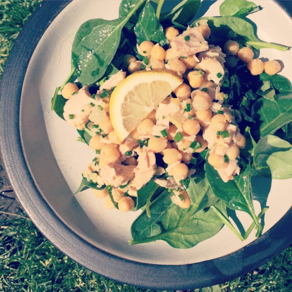 chickpea and tuna salad