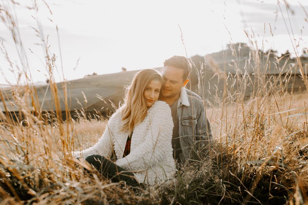 Nelson-Photographer-Adventure-Couple-Golden-Hour-Sunset-1.jpg