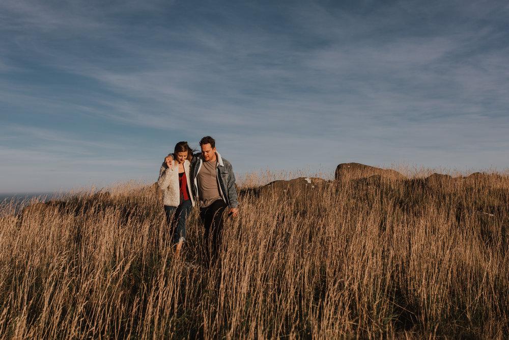Nelson-Photographer-Adventure-Couple-Golden-Hour-Sunset-23.jpg